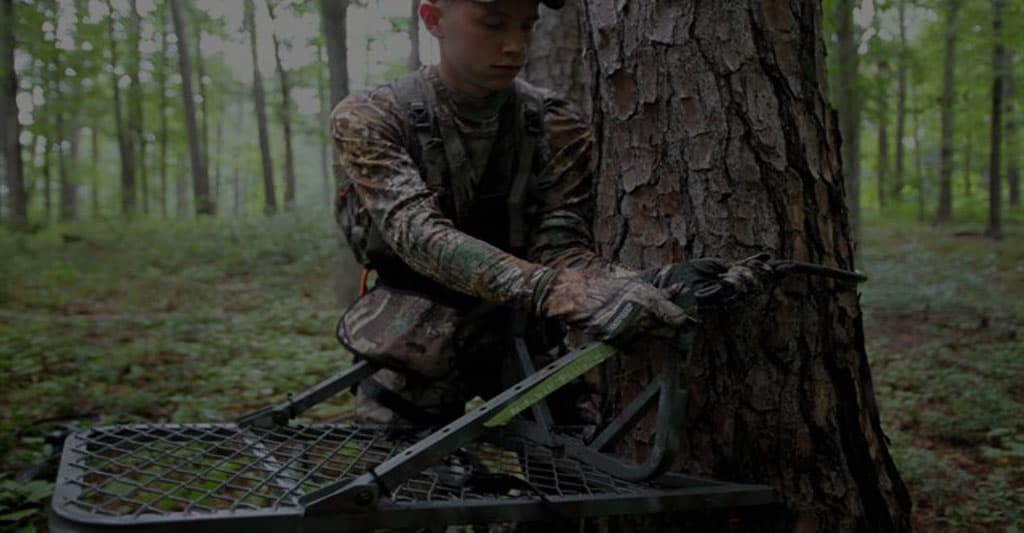Ladder Stands for Bowhunting